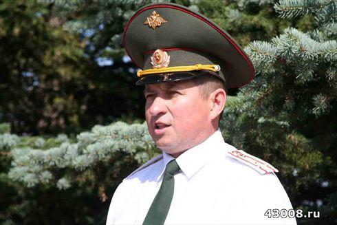 в/ч 43008. Командир Медведев